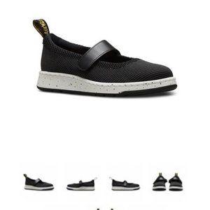 NWB Dr. Martens Askins Knit shoes